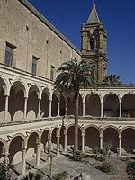 Museo Pepoli. Il Chiostro