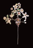 Ramo fiorito oro, argento, diamanti, smalti, rubini, perle, quarzi rosa Orafo siciliano della seconda met� del XVII secolo