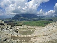 Segesta. Area archeologica. Teatro